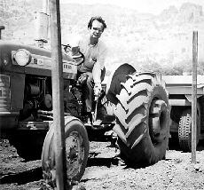 Winiarski_young_tractor